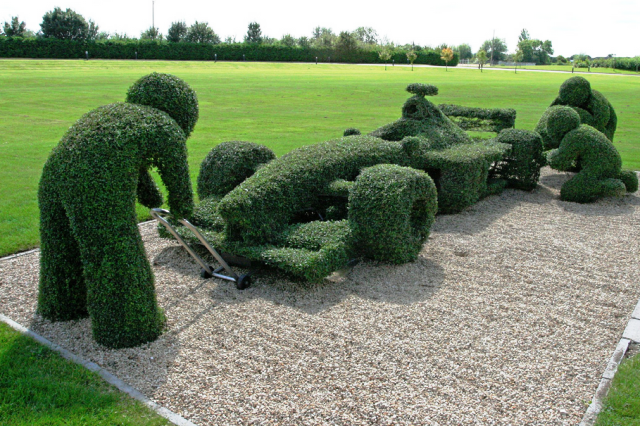 Topiary F1 Racer