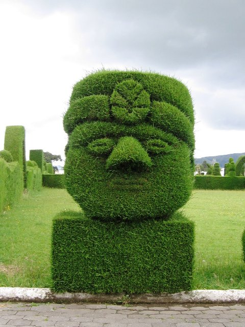 topiary sculpture