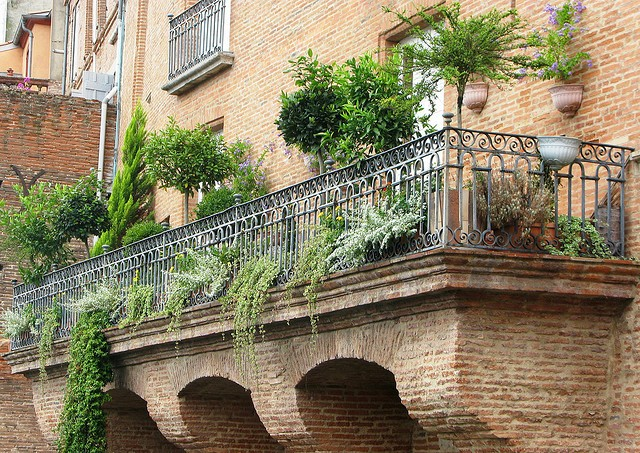 10 ideas for a beautiful balcony garden for In the balcony