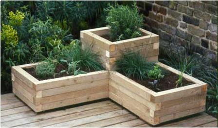 how to build wood planters