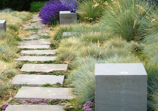 Landscaping with grasses for Grass bushes landscaping