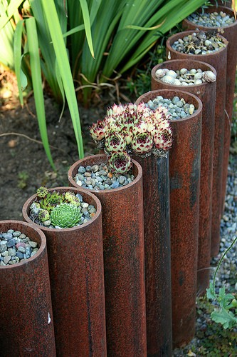 DIY Garden Border with Steel Pipes