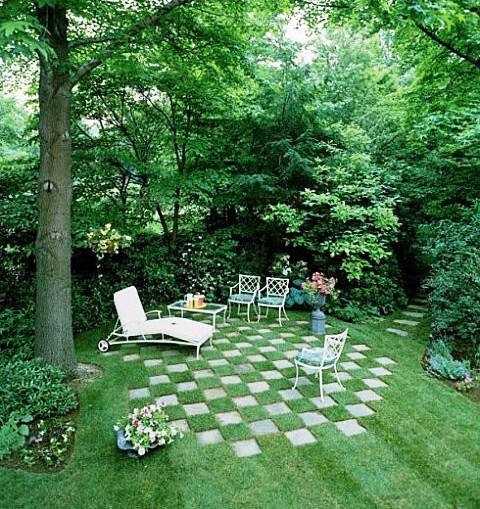 DIY Lawn Design