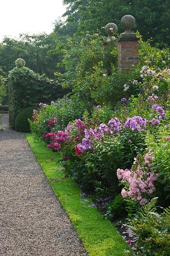 DIY Garden Border