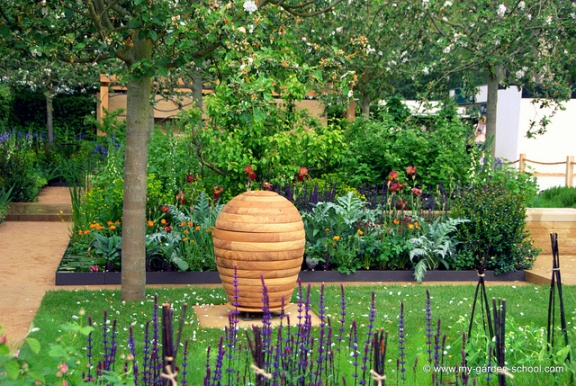 The Chelsea Flower Show 2013-10