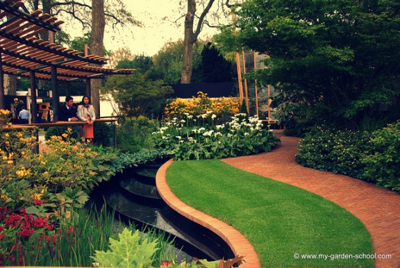 The Chelsea Flower Show 2013-11