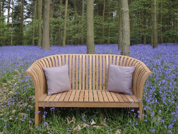 Garden Furniture: Bench