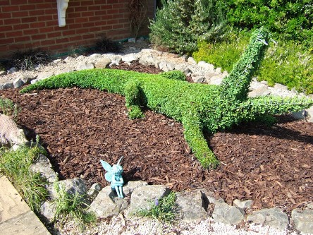 Wonderful Topiary Designs By Steve Manning